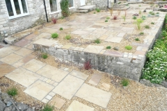 Fossil Buff Natural Stone with natural stone setts